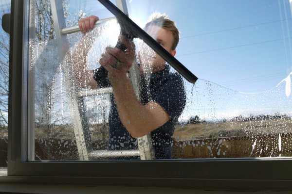 window washing austin
